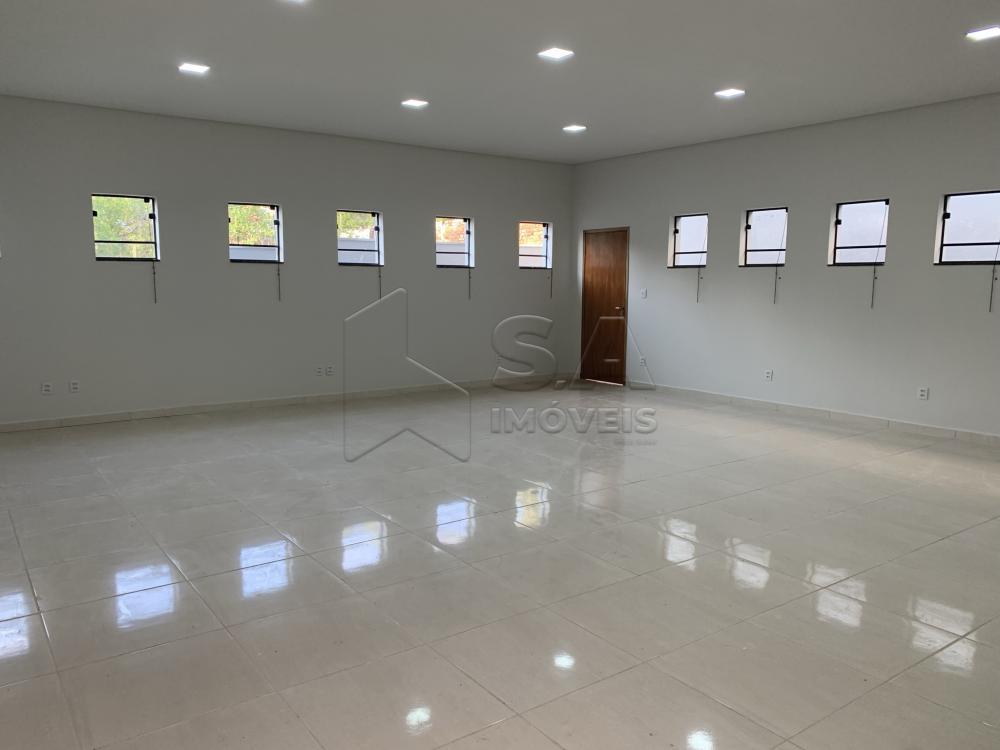 Alugar Comercial / Casa Comercial em Botucatu R$ 3.500,00 - Foto 4