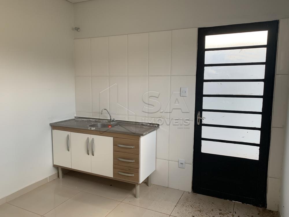 Alugar Comercial / Casa Comercial em Botucatu R$ 3.500,00 - Foto 11