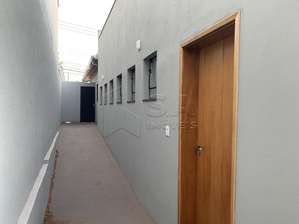 Alugar Comercial / Casa Comercial em Botucatu R$ 3.500,00 - Foto 13