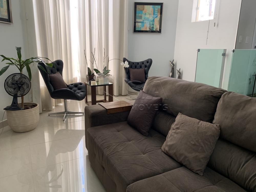 Comprar Casa / Sobrado em Botucatu R$ 890.000,00 - Foto 1