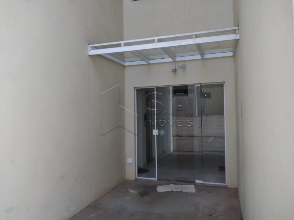 Alugar Apartamento / Padrão em Botucatu R$ 1.100,00 - Foto 2