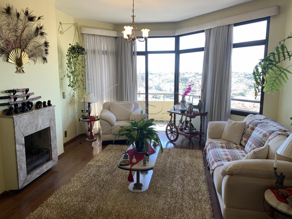 Alugar Apartamento / Padrão em Botucatu R$ 2.300,00 - Foto 2