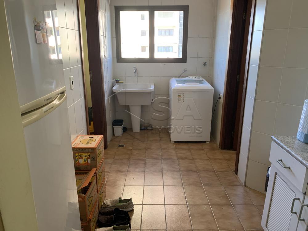 Alugar Apartamento / Padrão em Botucatu R$ 2.300,00 - Foto 8