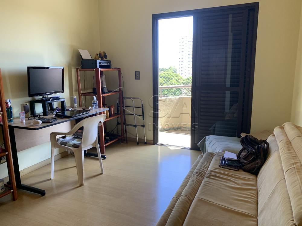 Alugar Apartamento / Padrão em Botucatu R$ 2.300,00 - Foto 11
