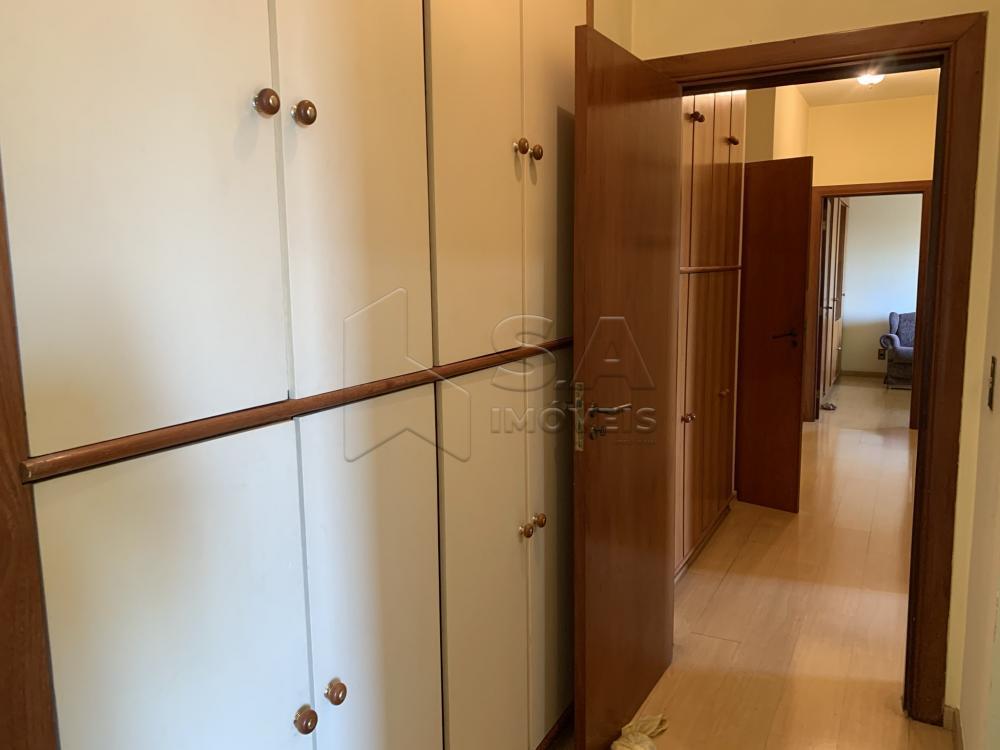 Alugar Apartamento / Padrão em Botucatu R$ 2.300,00 - Foto 14