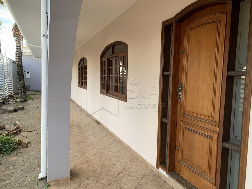 Alugar Casa / Padrão em Botucatu R$ 6.000,00 - Foto 2