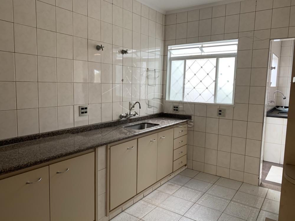 Alugar Casa / Padrão em Botucatu R$ 6.000,00 - Foto 17