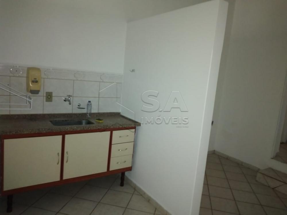 Alugar Comercial / Ponto Comercial em Botucatu R$ 1.000,00 - Foto 2