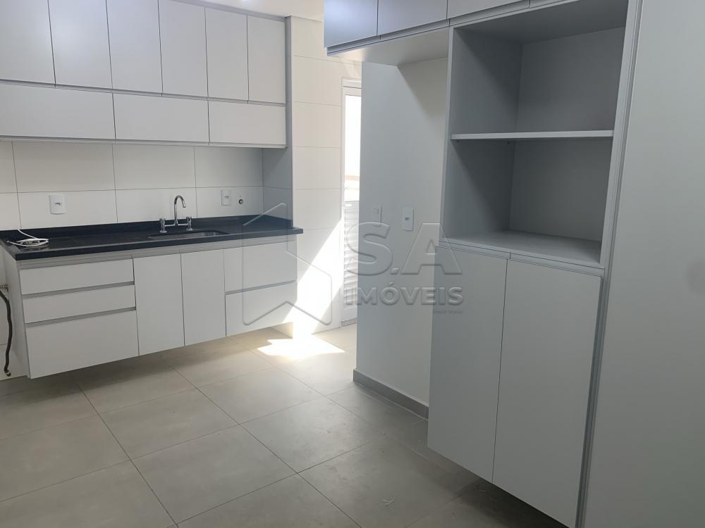 Alugar Apartamento / Padrão em Botucatu R$ 2.600,00 - Foto 6