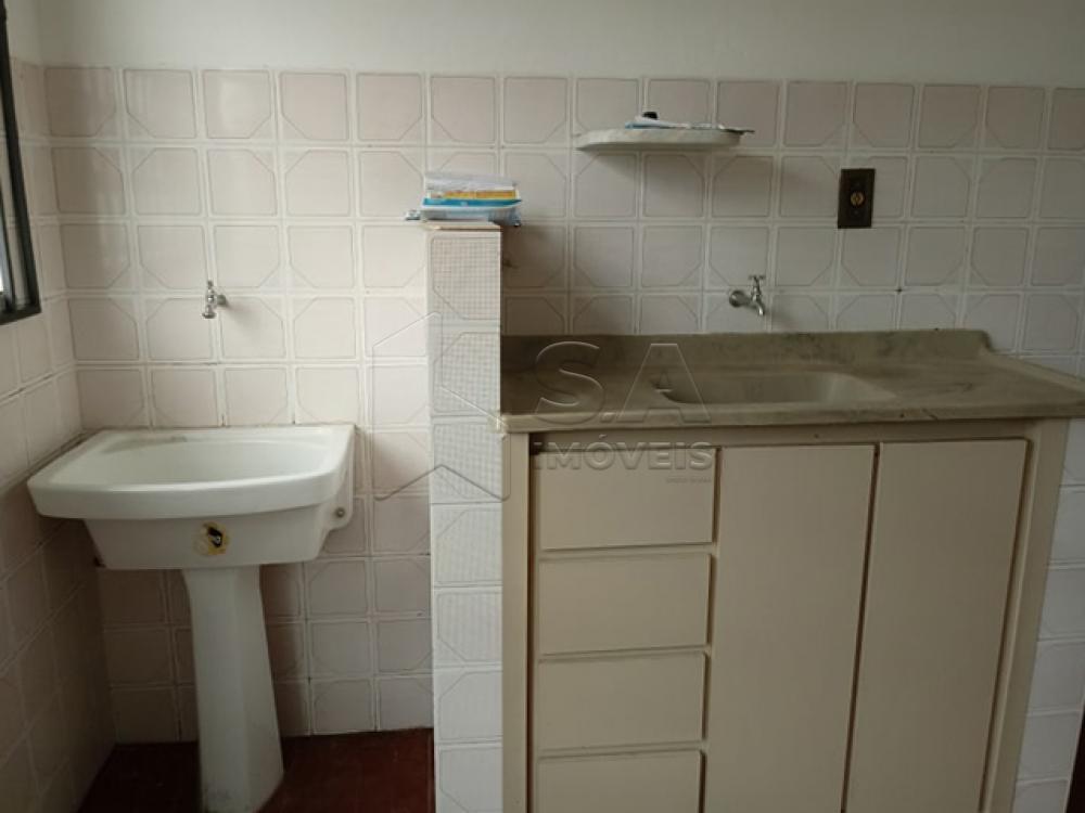 Alugar Apartamento / Kitchnet em Botucatu R$ 500,00 - Foto 2