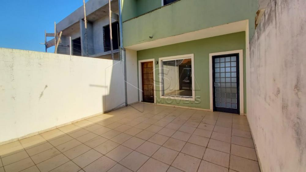 Alugar Casa / Sobrado em Botucatu R$ 1.350,00 - Foto 2