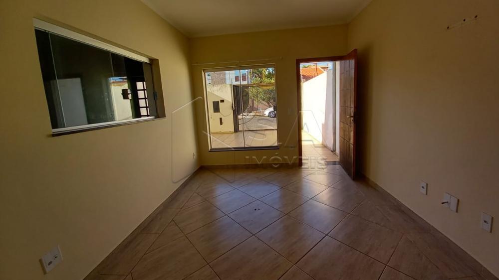 Alugar Casa / Sobrado em Botucatu R$ 1.350,00 - Foto 4