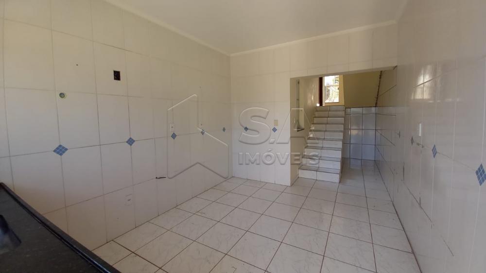 Alugar Casa / Sobrado em Botucatu R$ 1.350,00 - Foto 5