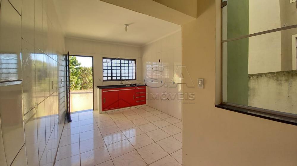Alugar Casa / Sobrado em Botucatu R$ 1.350,00 - Foto 6