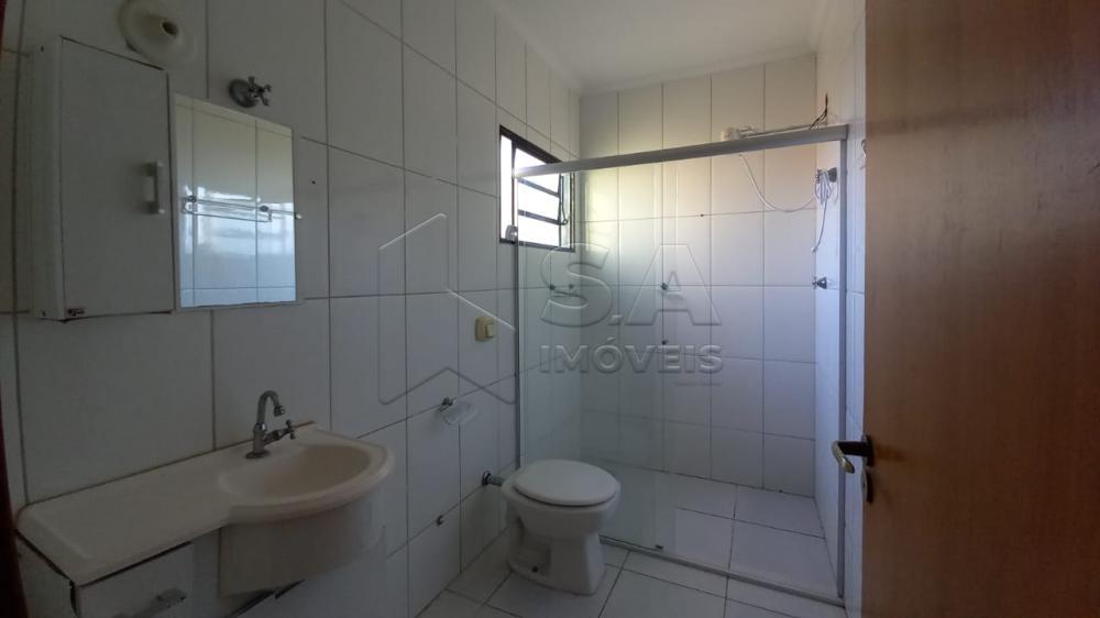 Alugar Casa / Sobrado em Botucatu R$ 1.350,00 - Foto 11