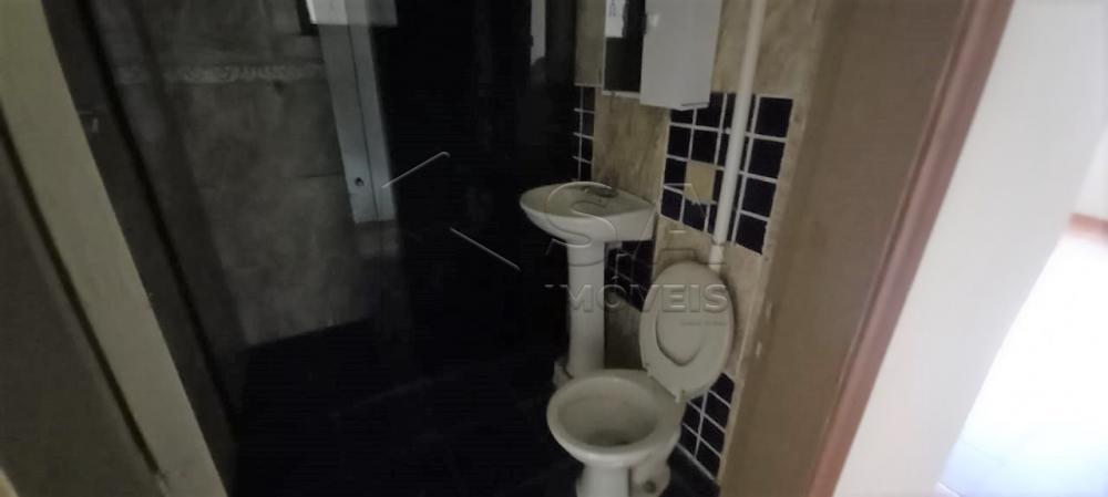 Alugar Casa / Padrão em Botucatu R$ 650,00 - Foto 5