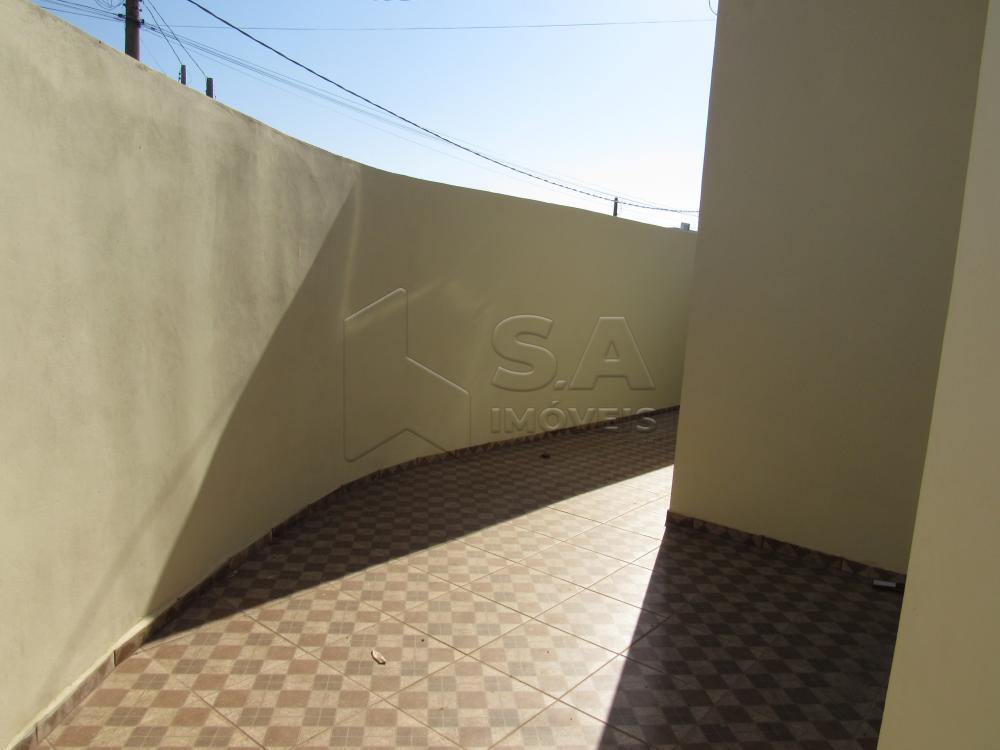 Alugar Casa / Padrão em Botucatu R$ 2.200,00 - Foto 3