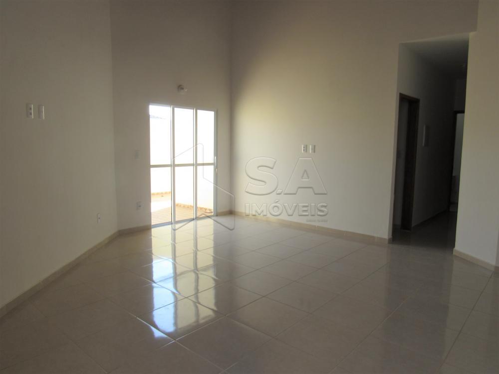 Alugar Casa / Padrão em Botucatu R$ 2.200,00 - Foto 4