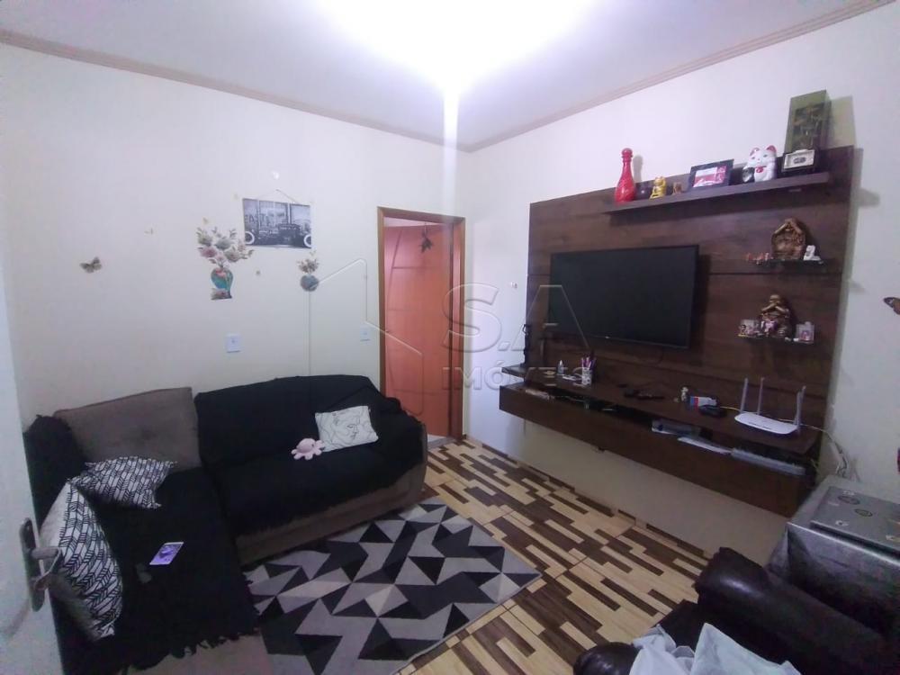 Alugar Casa / Padrão em Botucatu R$ 1.300,00 - Foto 4