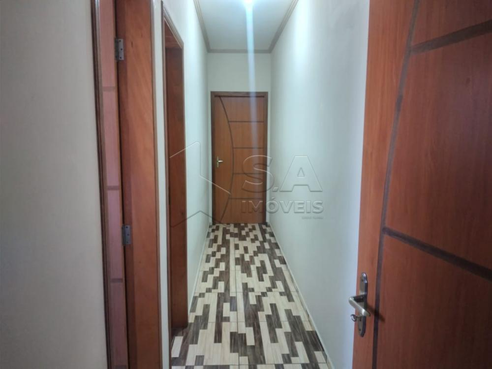 Alugar Casa / Padrão em Botucatu R$ 1.300,00 - Foto 6