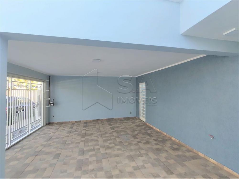 Comprar Casa / Padrão em Botucatu R$ 400.000,00 - Foto 1