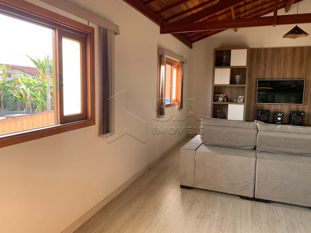 Comprar Casa / Padrão em Botucatu R$ 685.000,00 - Foto 2