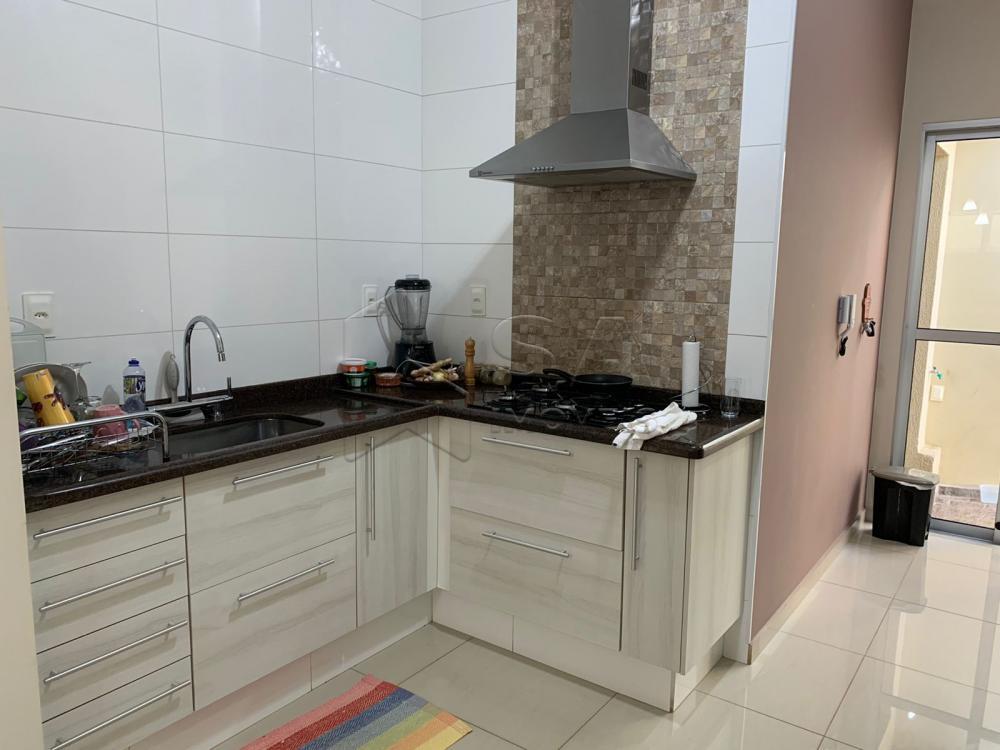 Comprar Casa / Padrão em Botucatu R$ 685.000,00 - Foto 11