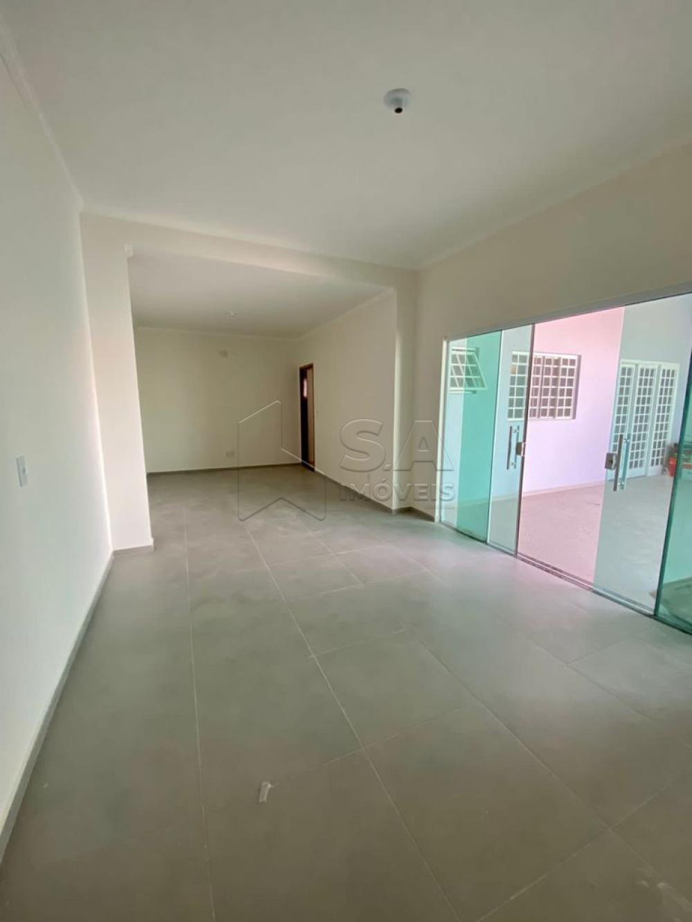 Comprar Casa / Padrão em Botucatu R$ 370.000,00 - Foto 3