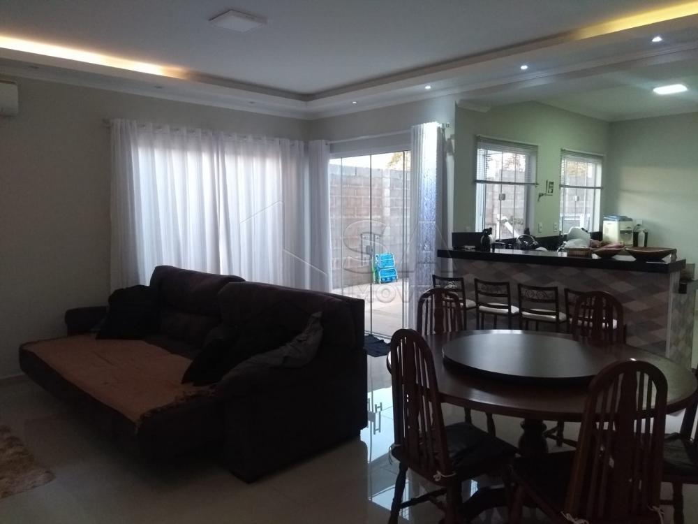 Comprar Casa / Padrão em Botucatu R$ 540.000,00 - Foto 6