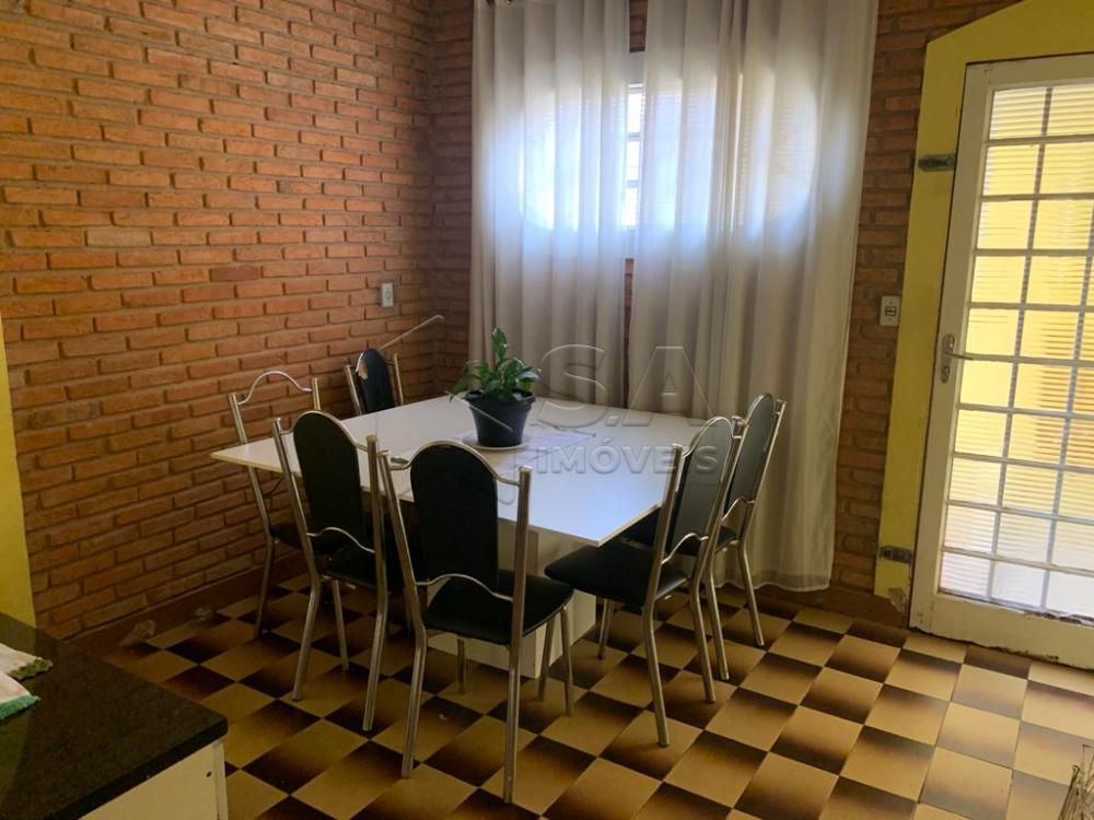 Comprar Casa / Padrão em Botucatu R$ 550.000,00 - Foto 3