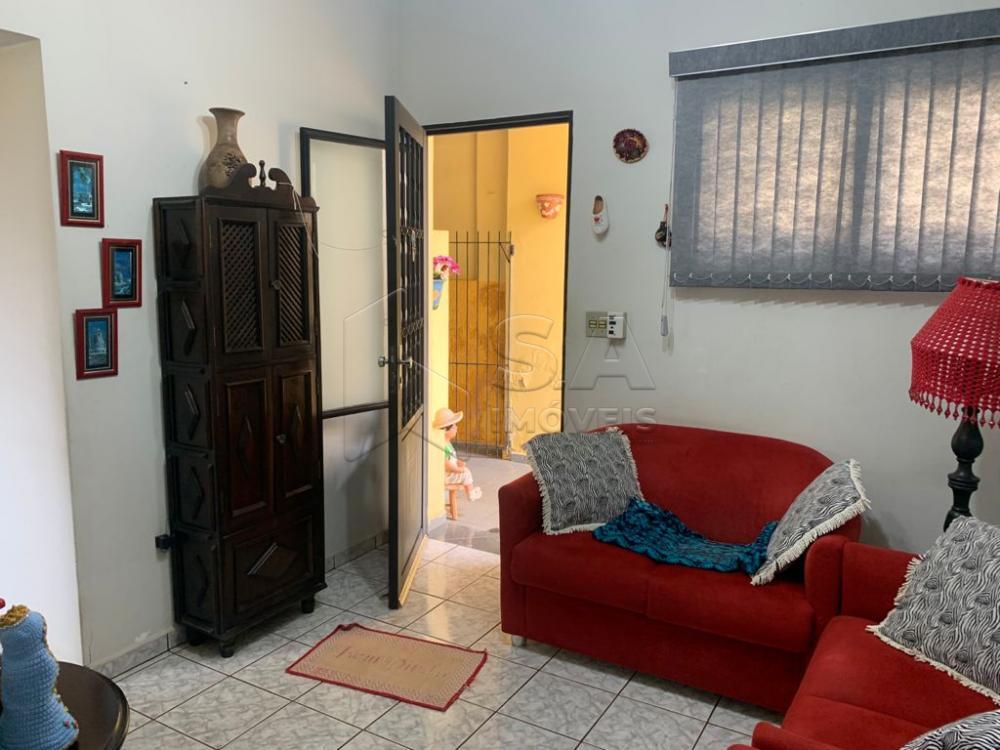 Comprar Casa / Padrão em Botucatu R$ 450.000,00 - Foto 1