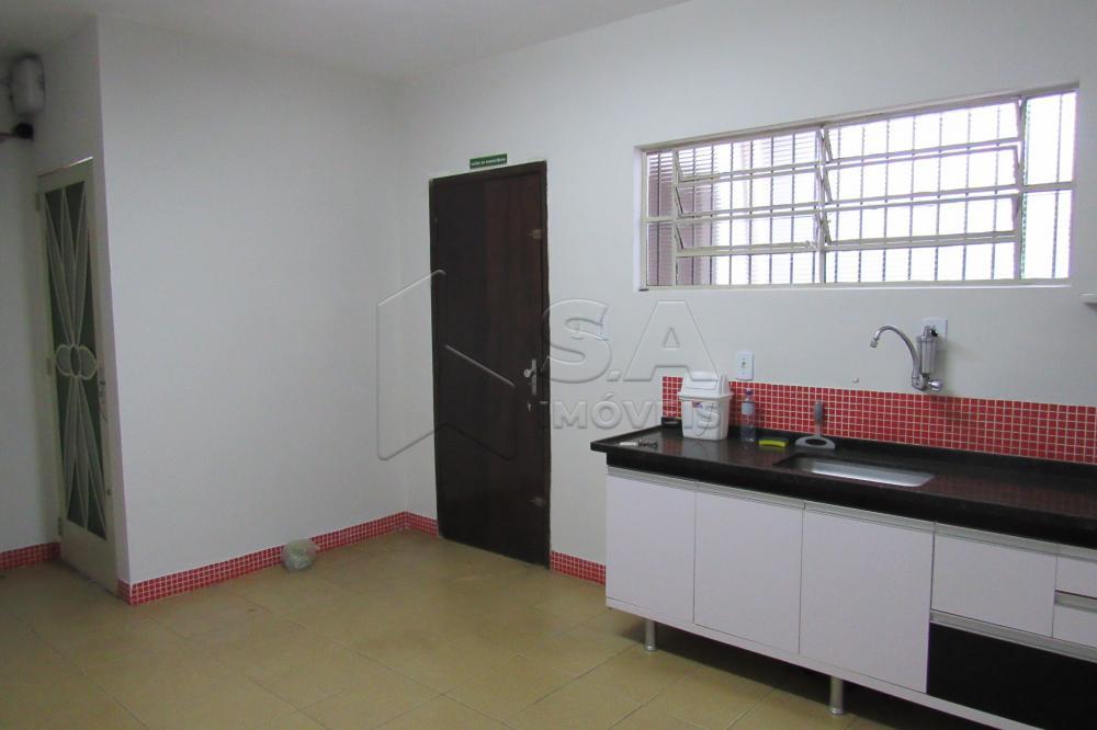 Alugar Comercial / Ponto Comercial em Botucatu R$ 3.300,00 - Foto 17