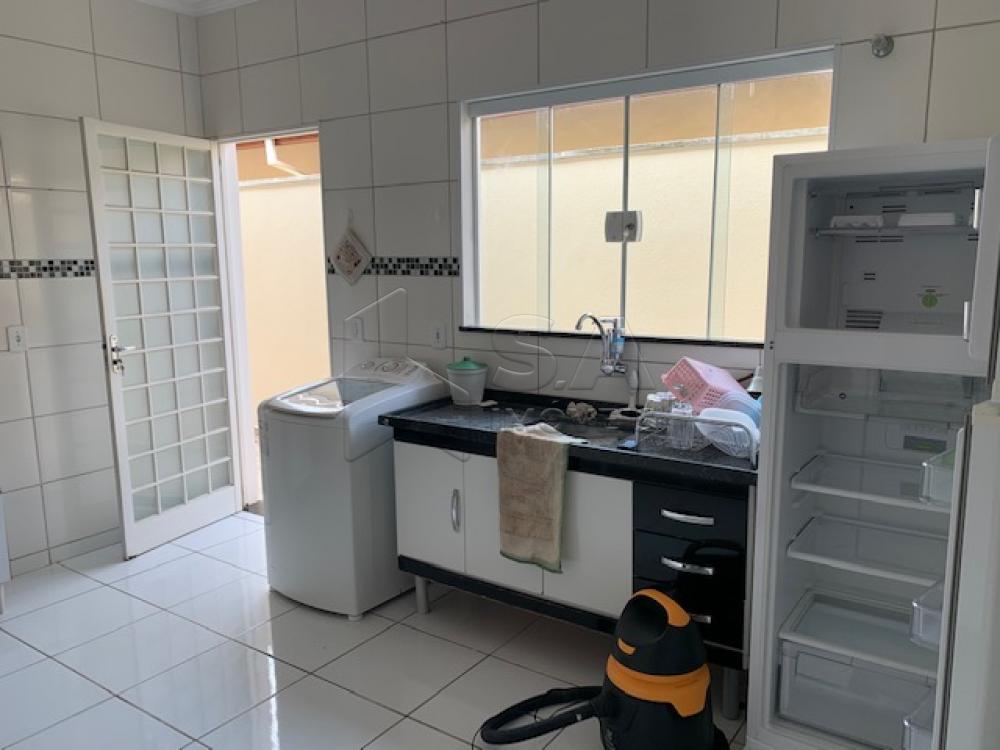 Comprar Casa / Padrão em Botucatu R$ 270.000,00 - Foto 3