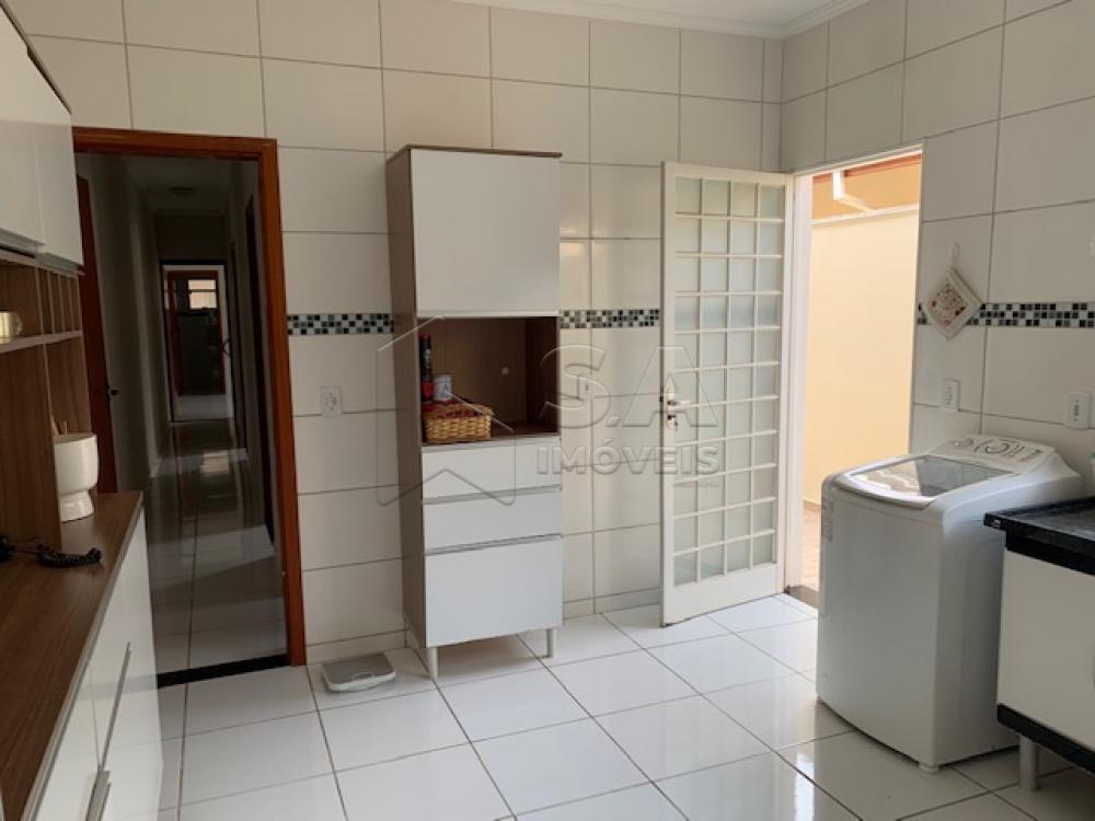 Comprar Casa / Padrão em Botucatu R$ 270.000,00 - Foto 4