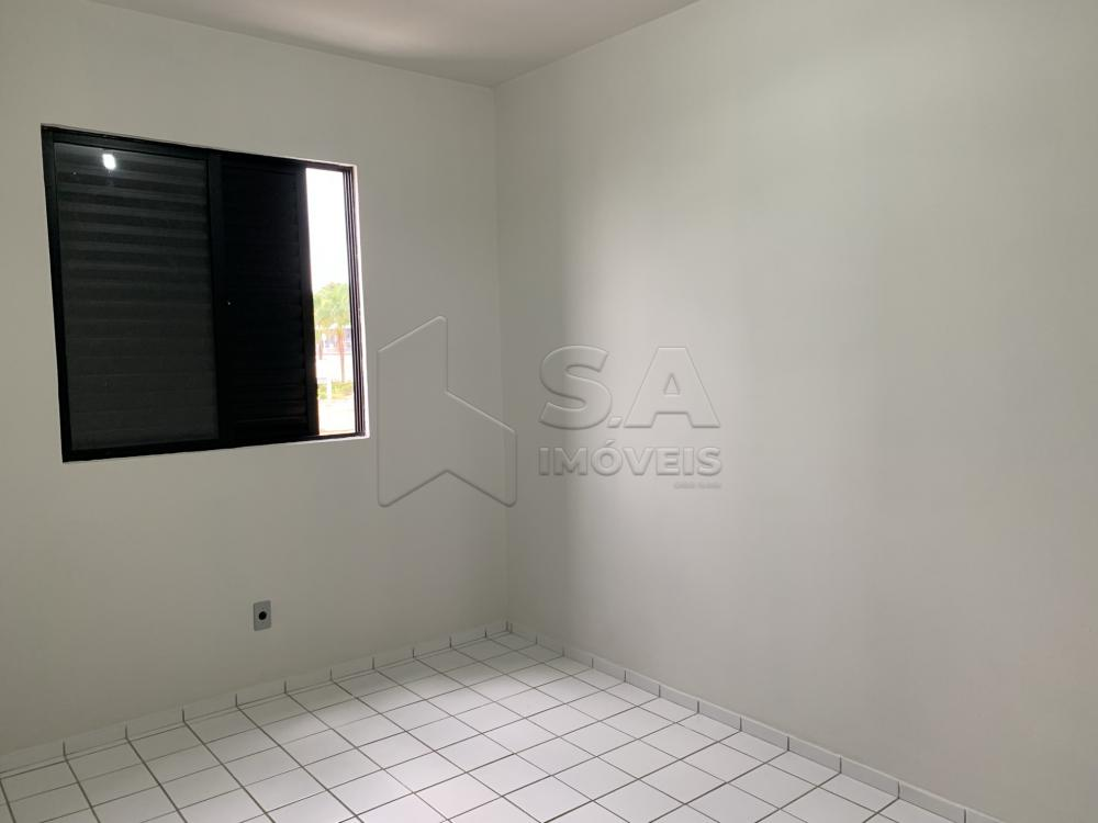Alugar Apartamento / Padrão em Botucatu R$ 800,00 - Foto 6