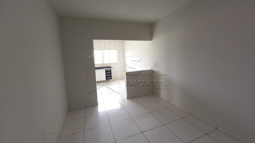 Alugar Casa / Padrão em Botucatu R$ 700,00 - Foto 4