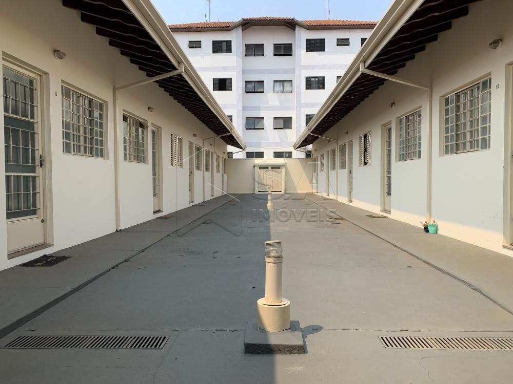 Alugar Casa / Condomínio em Botucatu R$ 750,00 - Foto 3