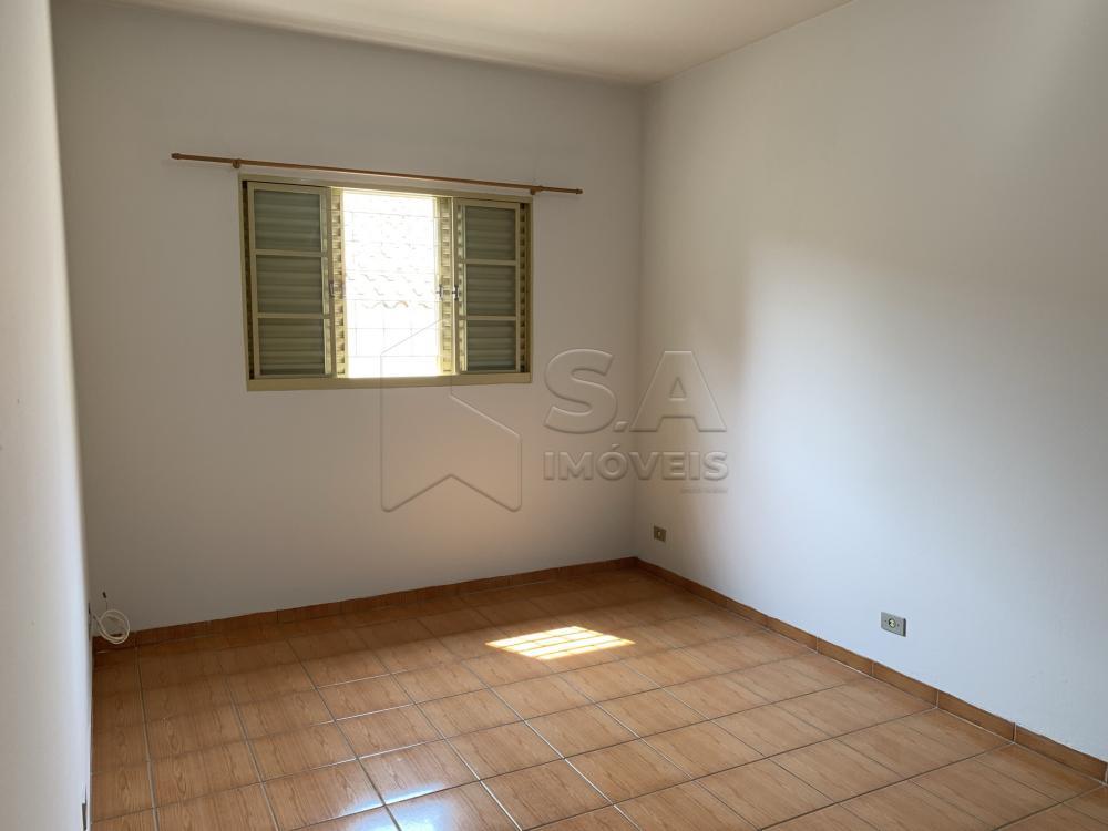 Alugar Casa / Condomínio em Botucatu R$ 750,00 - Foto 10