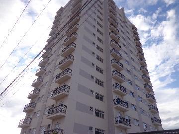 Alugar Apartamento / Padrão em Botucatu R$ 1.200,00 - Foto 17