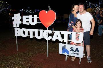 S.A Imóveis inaugura iluminação de Praça em Botucatu.