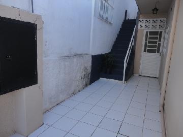 Alugar Comercial / Ponto Comercial em Botucatu. apenas R$ 600,00