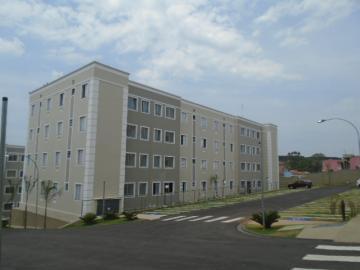Comprar Apartamento / Padrão em Botucatu. apenas R$ 125.000,00