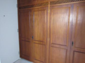 Alugar Apartamento / Padrão em Botucatu R$ 2.400,00 - Foto 10