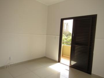 Alugar Apartamento / Padrão em Botucatu R$ 2.400,00 - Foto 16