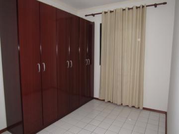 Alugar Apartamento / Padrão em Botucatu R$ 700,00 - Foto 9