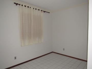 Alugar Apartamento / Padrão em Botucatu R$ 700,00 - Foto 12