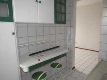 Alugar Apartamento / Padrão em Botucatu R$ 700,00 - Foto 8