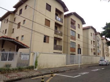 Apartamento / Padrão em Botucatu Alugar por R$650,00