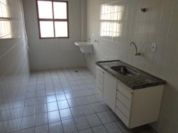 Alugar Apartamento / Padrão em Botucatu R$ 660,00 - Foto 3