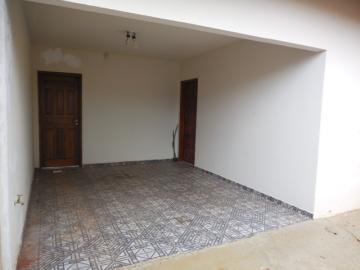 Alugar Casa / Padrão em Botucatu. apenas R$ 195.000,00